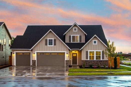Bonnie Roberts Realty, Does A Garage Add Value To Home